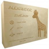 Personalisierte Erinnerungskiste aus Holz mit Gravur